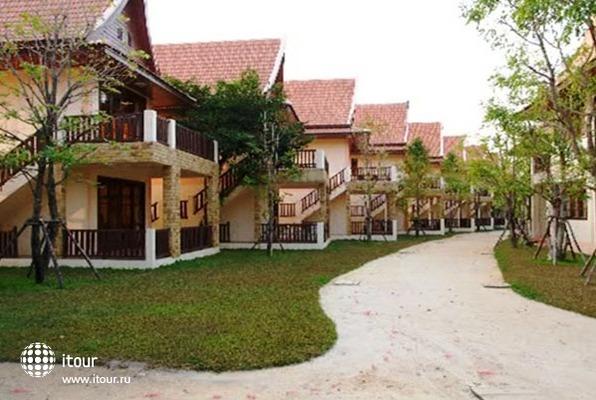 Koh Chang Grand Cabana 1