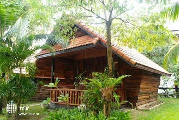 Koh Chang Grand Cabana 8
