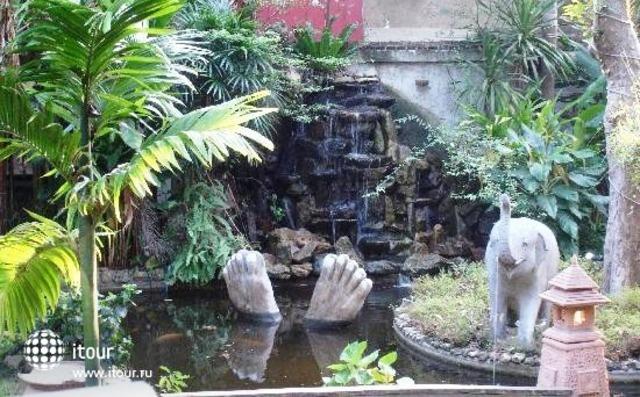 Garden Resort 6