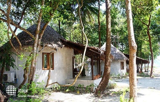 Tropical Beach Koh Chang 4