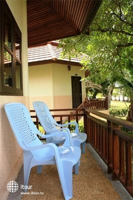 Coral Resort 4