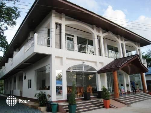 Kachapol Hotel 9