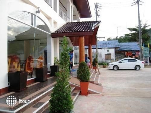 Kachapol Hotel 10