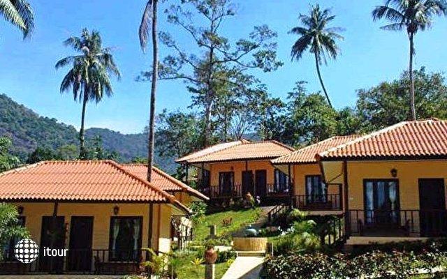 Paradise Bungalows 10