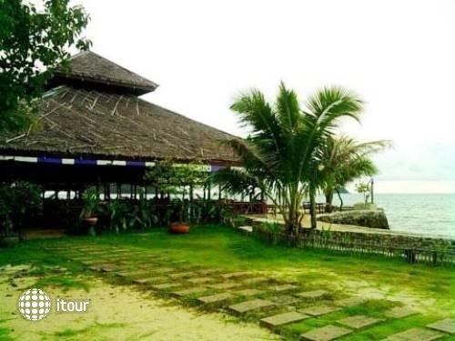 Nang Nual Beach Resort 6