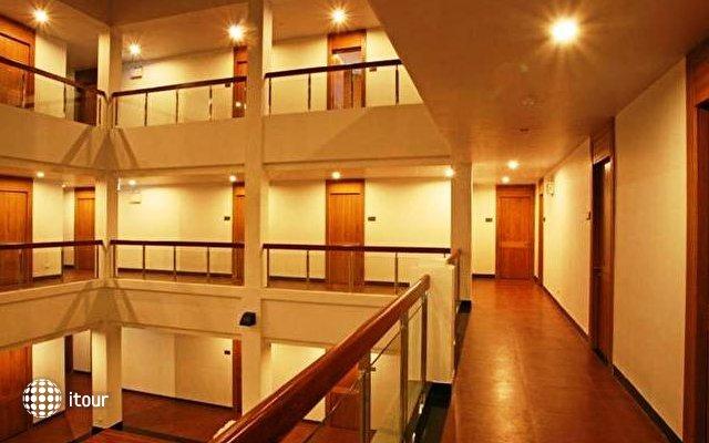Baan Saikao Plaza Hotel & Service Apartment 8