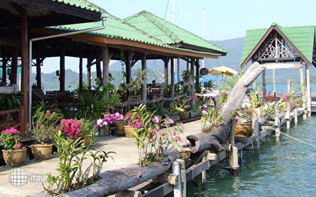 Salakphet Resort 8