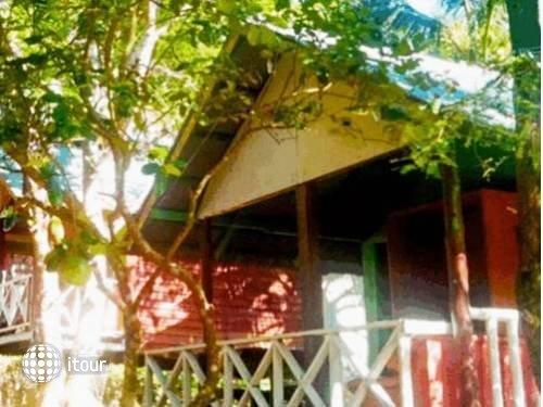 Tuk Tuk Guesthouse 2