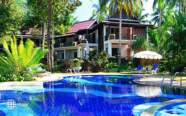 Koh Chang Cliff Beach Resort 1