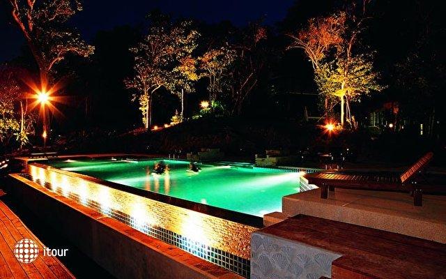 Koh Chang Cliff Beach Resort 9