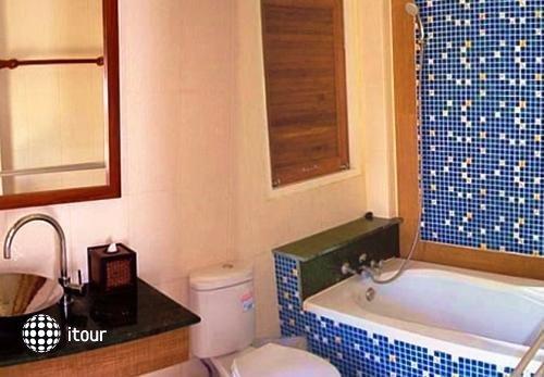 Coconut Beach Resort 8
