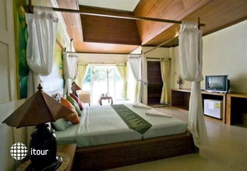 Coconut Beach Resort 3