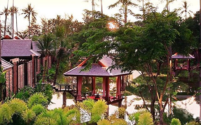 Anantara Phuket Resort & Spa 1