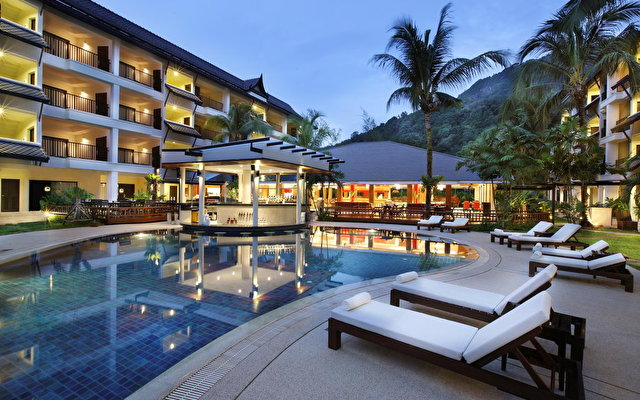 Courtyard By Marriott Phuket At Kamala Beach 1