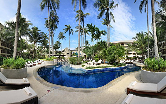Courtyard By Marriott Phuket At Surin Beach 1