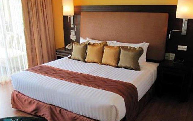 Radisson Plaza Resort Phuket Panwa 2