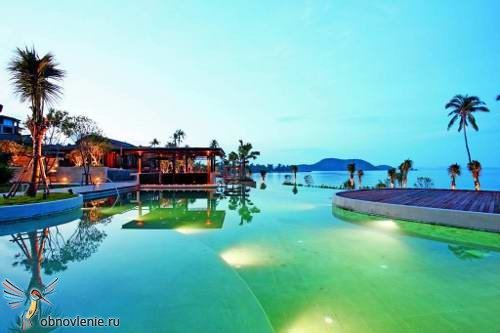 Radisson Plaza Resort Phuket Panwa 8
