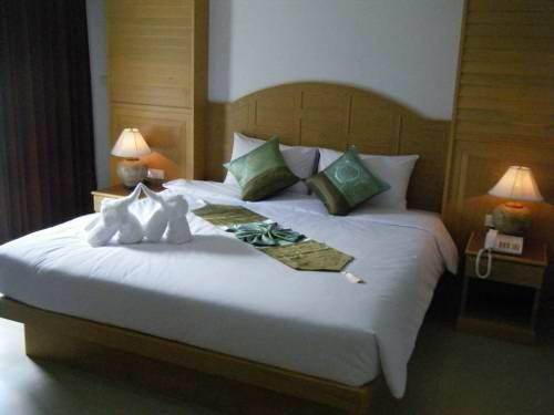 Sunshine Resort Phuket 3