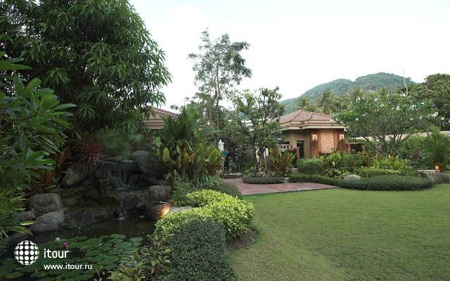Karon Whale Resort 10
