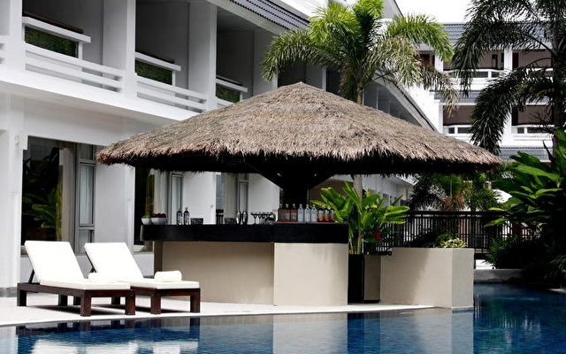 Courtyard By Marriott Phuket At Patong Beach 2