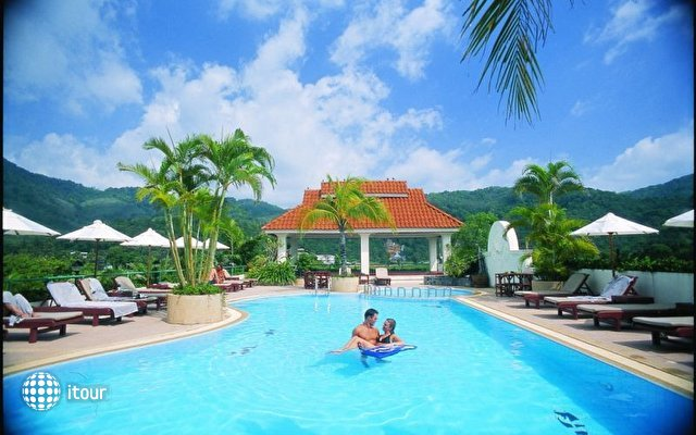 The Old Phuket Karon Beach Resort 9