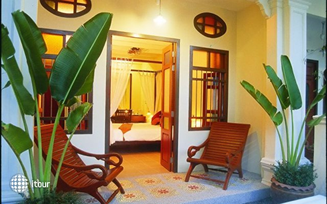 The Old Phuket Karon Beach Resort 3