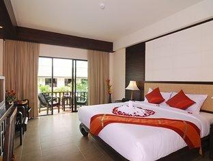Nipa Resort Hotel 6