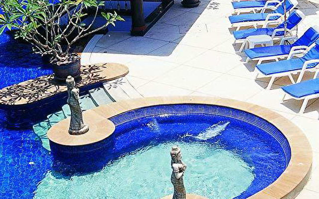 Kata Poolside 2