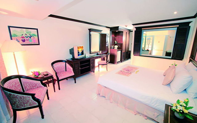 Andaman Beach Suites 3