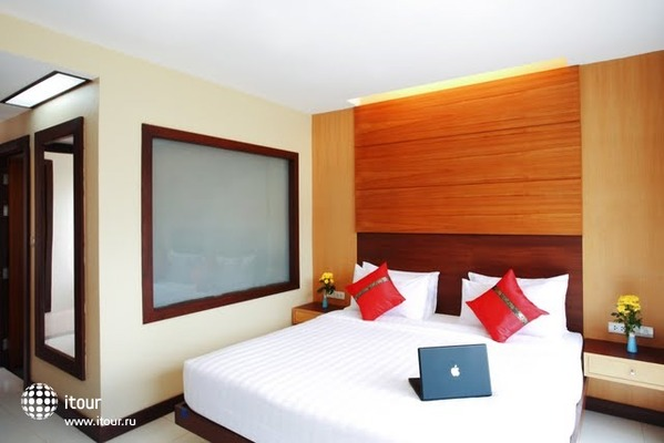 Andaman Phuket Hotel 4