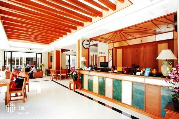Andaman Phuket Hotel 8