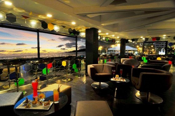 Dusit D2 Phuket Resort 4