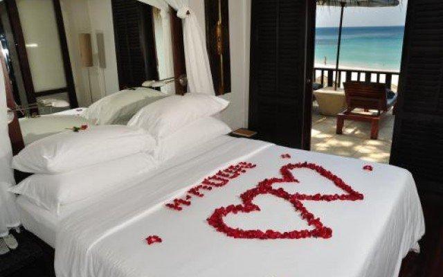The Surin Phuket 6