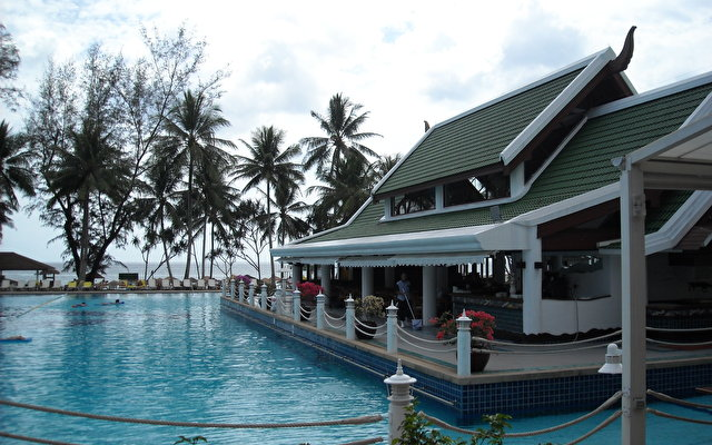 Le Meridien Phuket Beach Resort 2