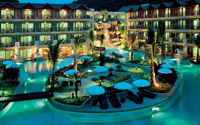 Merlin Beach Resort 5