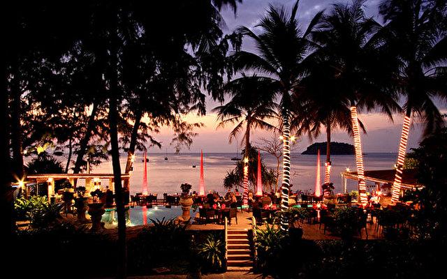 Karon Beach Resort 10