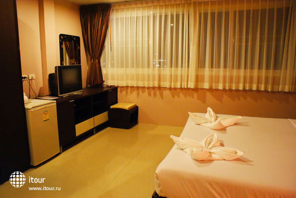 Athome Hotel Two Nanai 8 & Thai Kitchen 3