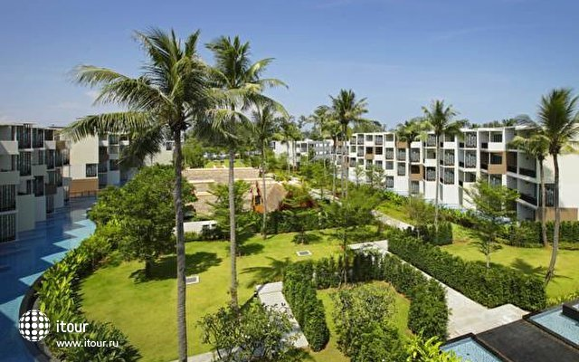 Holiday Inn Resort Phuket Mai Khao Beach 5