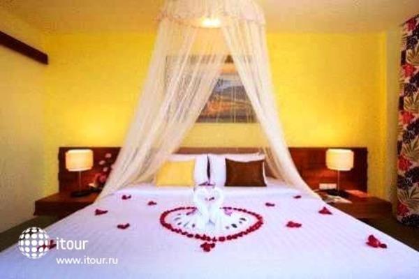 Karon Phunaka Resort & Spa 8
