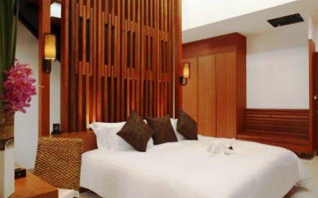 La Flora Resort Patong 10