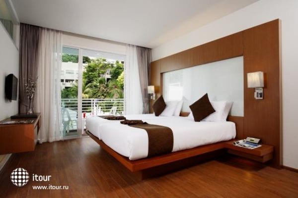 White Peach Hotel 2