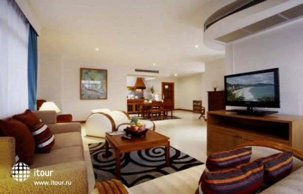The Waterfront Suites Phuket 8
