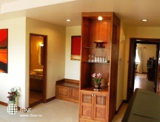 Rico's Hotel 7