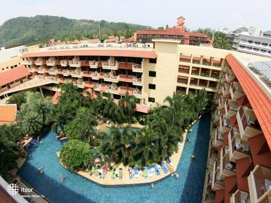 Baumanburi Hotel Phuket 1