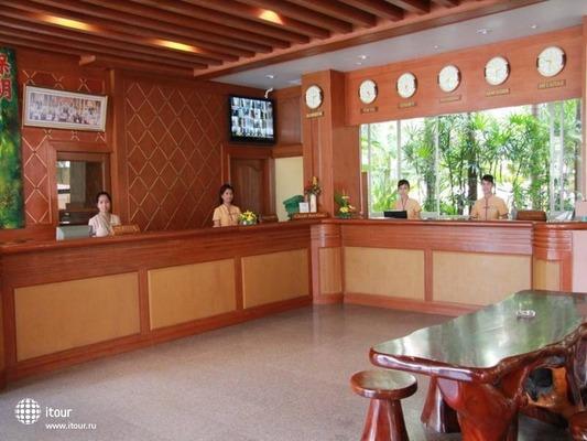 Baumanburi Hotel Phuket 4