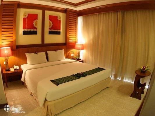 Baumanburi Hotel Phuket 3