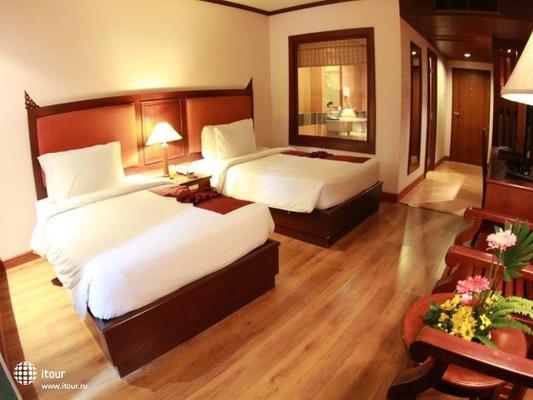 Baumanburi Hotel Phuket 2