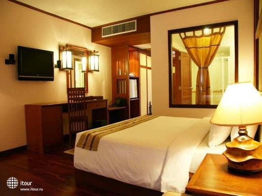 Baumanburi Hotel Phuket 5