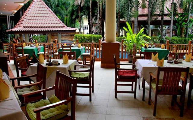 Baumanburi Hotel Phuket 7