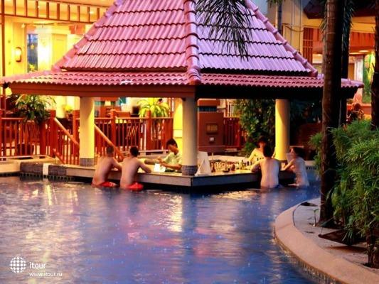 Baumanburi Hotel Phuket 8